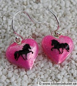 Cute earrings with Icelandic horses.