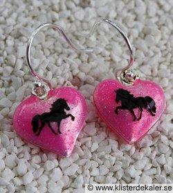 Söta örhängen med Islandshästar, flera färger.