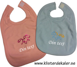 Pink bib with your own name as an option